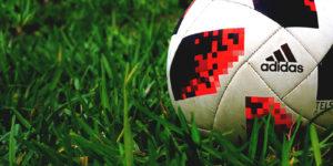 เคล็ดลับวิธีแทงบอล ดูอย่างไรทีมไหนชนะ